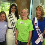 Miss Florida USA and Mrs. Florida with girls at the conference (photo - CMF Public Media)